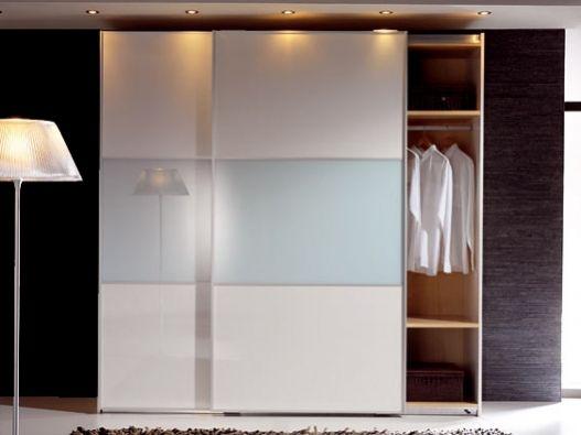 Armario de puertas correderas lacado en blanco y cristal - Armario blanco puertas correderas ...