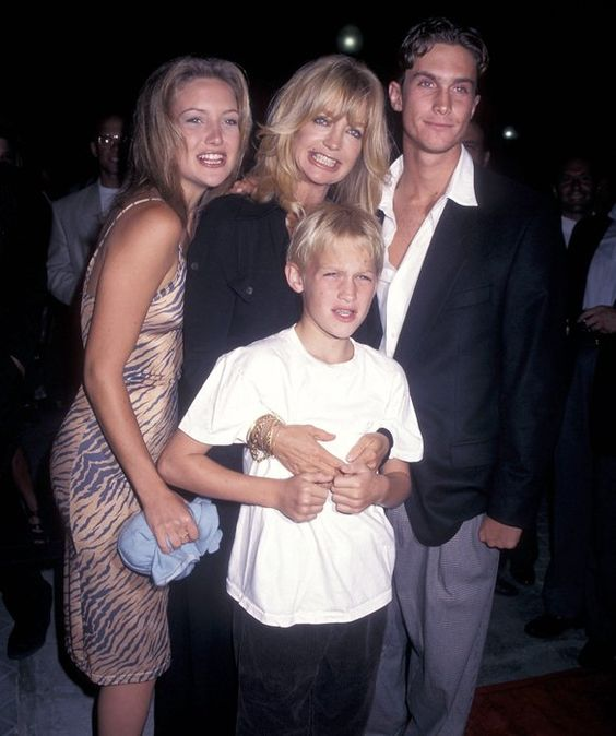 Kate Hudson & Goldie Hawn ~ Kate and brother Oliver were ... Oliver Hudson And Kate Hudson