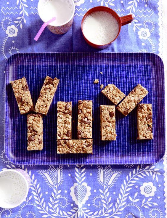 Homemade Chocolate Chip Granola Bars . Kitchen Explorers . PBS Parents   PBS