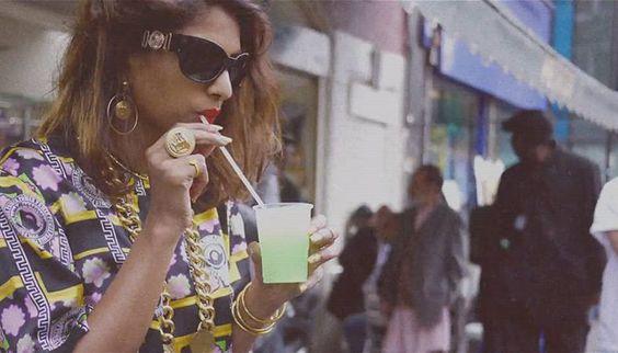 La vidéo de la collection capsule M.I.A. pour Versus Versace: http://voguefr.fr/miaversusversace #Versus #Versace #MIA
