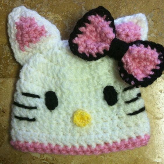 Hello kitty hat.....OMG I will have to try this eventually! Oh how cute it is!!!!! :)