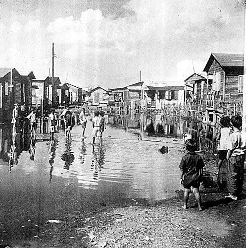 El Fanguito, Santurce ~~~ Puerto Rico between the early 1900's up until 1940-50's aprox. My mom and dad's childhood...