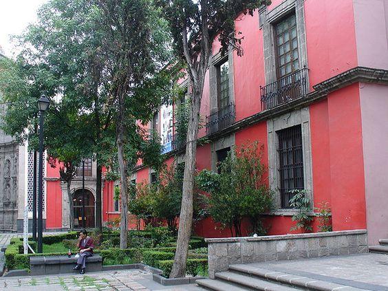 Coloridas casonas en #CiudaddeMexico Imagen desde Flickr, por fklv (Obsolete hipster)