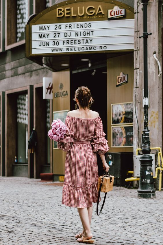 ...this print makes me channel my feminine side like nothing else. There is something special about it and after seeing this gingham dress I knew ...