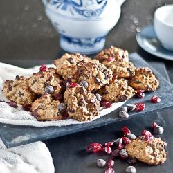 Granola Cranberry Chocolate Cookies - These are the quickest granola cookies I have made and they turned out moist and tasty. #foodgawker