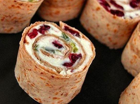 Διαφορετική αραβική πίτα με φέτα και cranberries