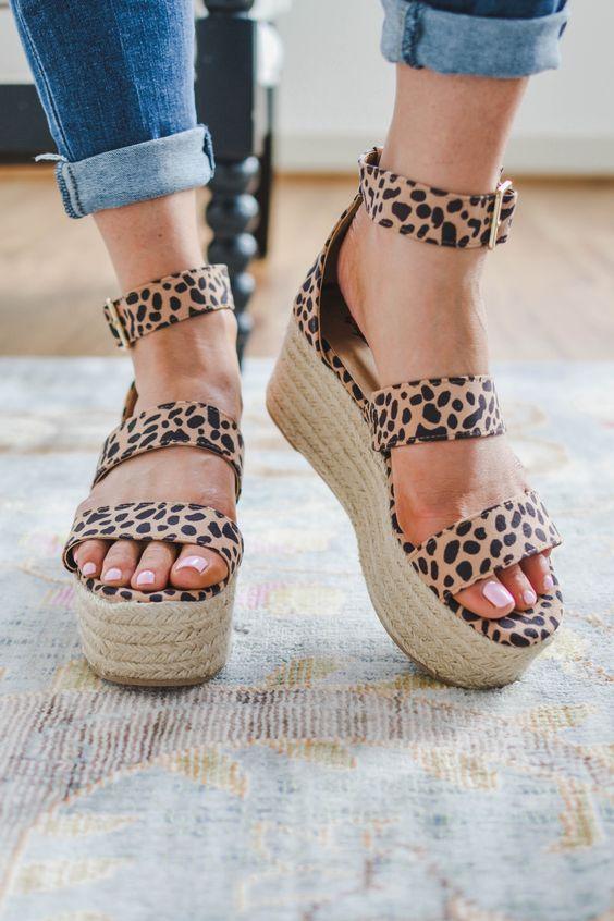 Pretty Stylish Sandals
