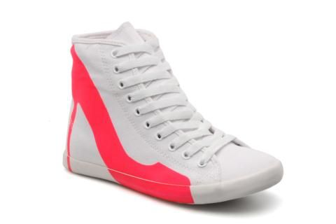 Too cool. Adore these! BE Shoes - Big City @ Sarenza.co.uk