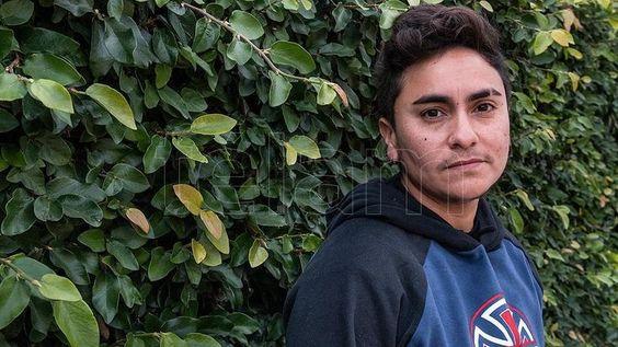 """Máximo: """"Cuando yo fui construyendo mi deseo de procrear, me di cuenta que era una persona trans"""". Foto: Victoria Egurza"""