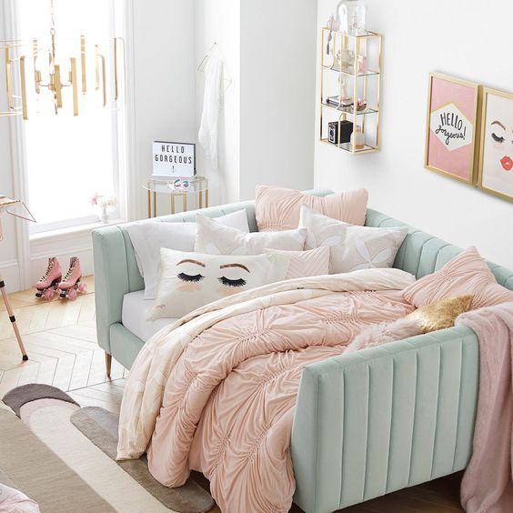 Pretty Family Home Decor
