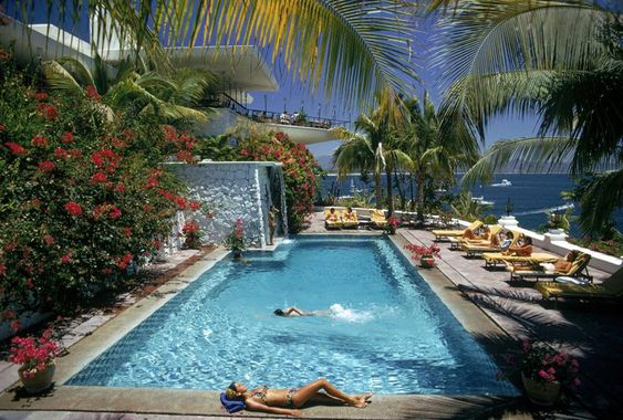 Pool at Las Hadas - Slim Aarons: