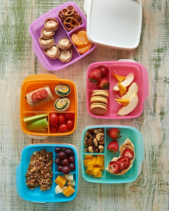 save on lunch it containers tupperware bento style lunch. Black Bedroom Furniture Sets. Home Design Ideas