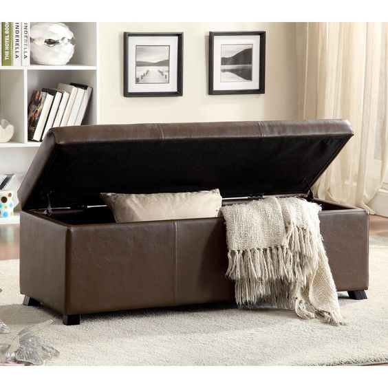 Simplistic yet edgy, this ottoman is sure to provide all your storage needs with its spacious compartment. Padded leatherette offers a smooth touch while a wooden frame ensures long-lasting durability.