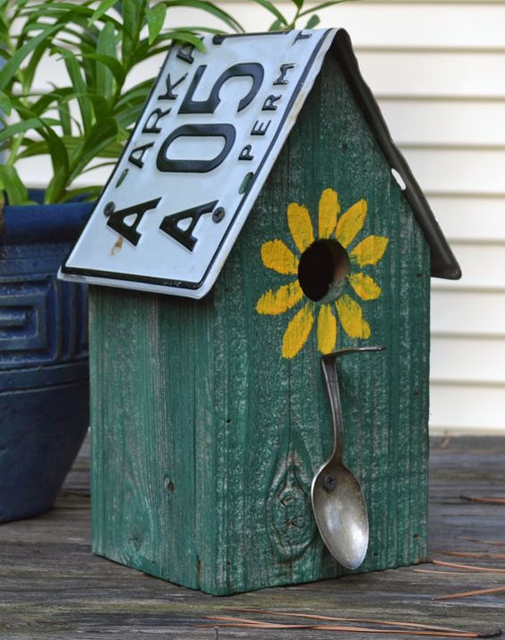 Rustic Birdhouse - Spoon Birdhouse - License Plate Birdhouse - Recycled Birdhouse -License Plates - Primitive Birdhouse