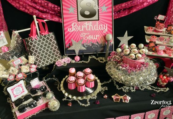 Music superstar party tablescape