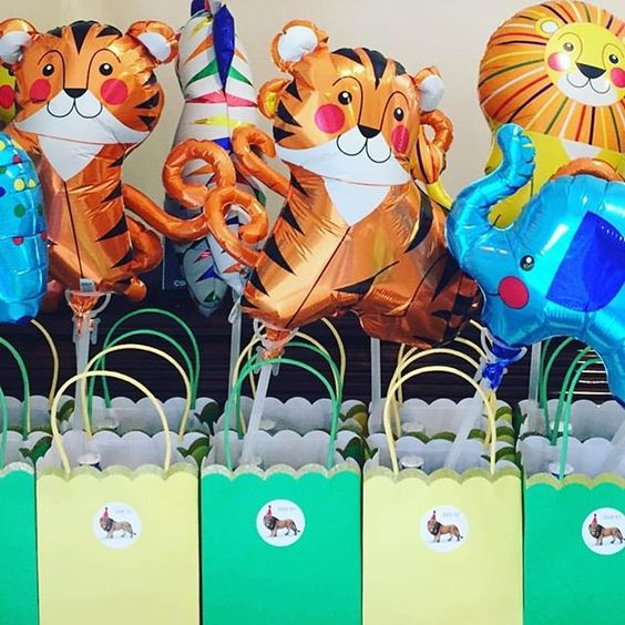 It looks like a #wild #party 🦁 #happybirthday 2 you 🎈 @carolinehornby #partybag #fun #partytime www.theoriginalpartybagcompany.co.uk #OPBCo