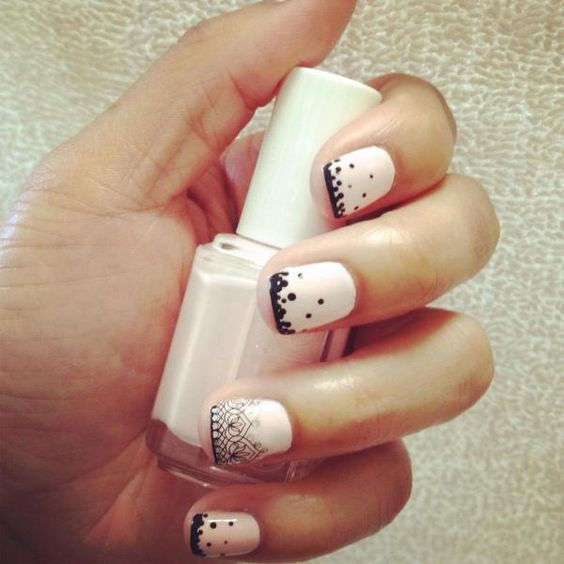 cute manicure {love the colors and the dots}