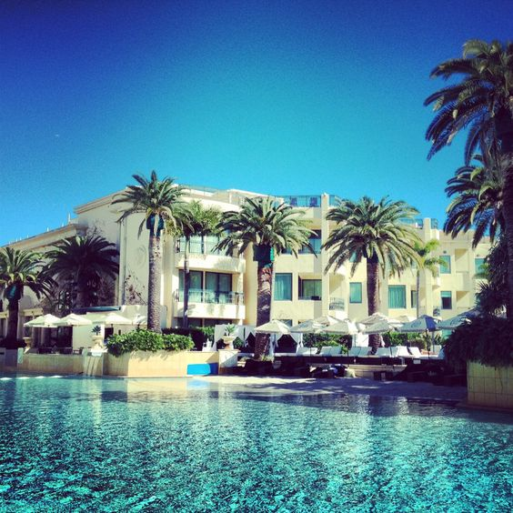 Lagoon Pool at #PalazzoVersace #Hotel