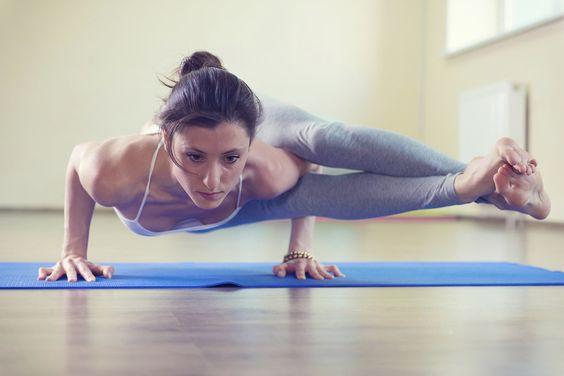 yoga - Google 検索