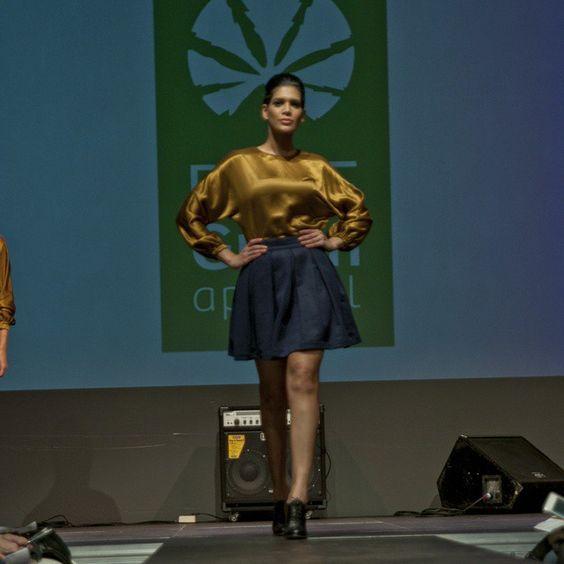 Hemp-silk bronze blouse & Hemp-organic cotton-wool ink blue skirt by PURE Green Apparel. Foto de @albert_armengol