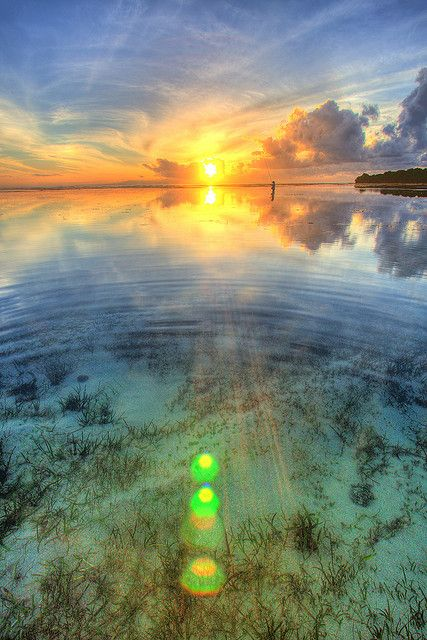 drxgonfly:  Sunrise at Nusa Dua Beach, Bali by Thainlin Tay on Flickr.