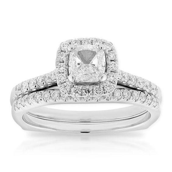 Ikuma Canadian Diamond Cushion Cut Bridal Set 14K - 11158581.jpg