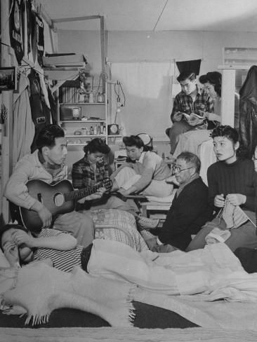 size: 16x12in Photographic Print: Crowded Living Quarters of Japanese American Family Interned in a Relocation Camp by Hansel Mieth : Travel