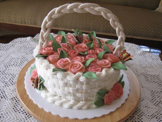 Hermoso pastel de casta de flores .ideal para un regalo a una dama