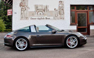 uite à sa présentation au salon de Détroit en janvier, nous avions élu la nouvelle 911 Targa comme l'une des voitures les plus excitantes de ce début d'année. Maintenant qu'elle d…