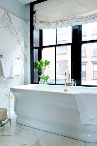 Gorgeous tub