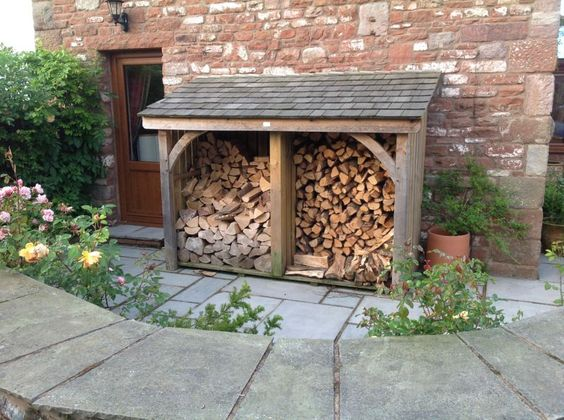 Perfectly formed log store, Woodstyle Joinery