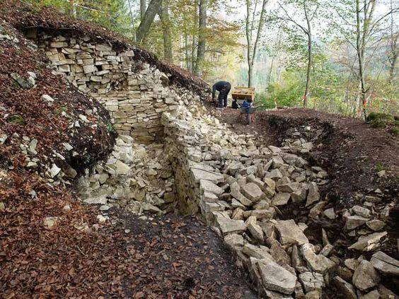 Archäologen finden keltischen Kultplatz (Quelle: dpa)