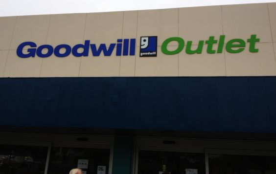 Ocala FL Goodwill Outlet store!