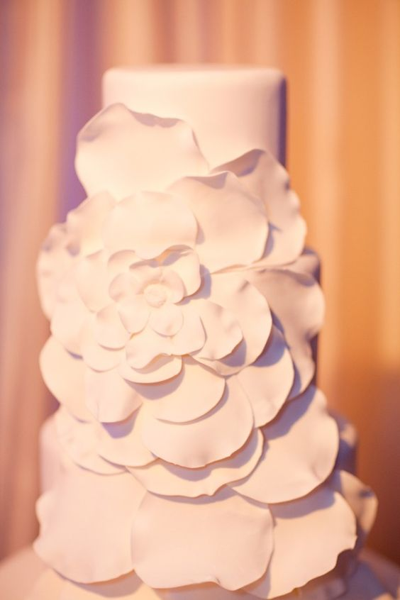 A unique cake, but still simple and elegant