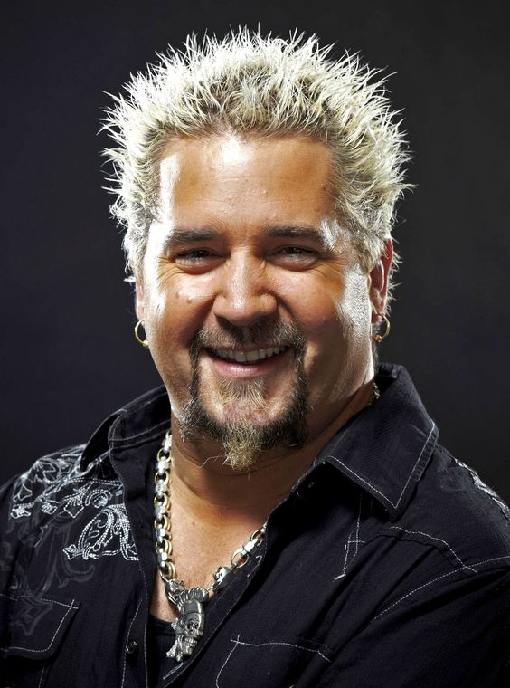 Those who really know me, knows i would love me some Guy Fieri, there is just something about Guy!!!