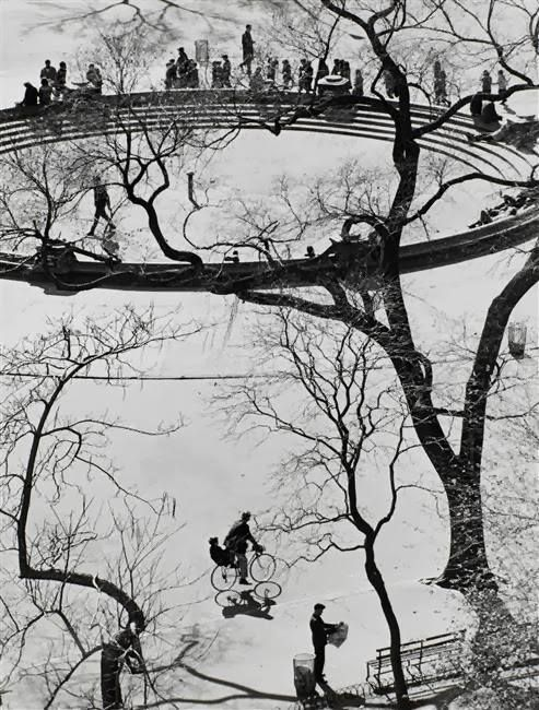 Kertesz, Washington Square, New York, 1959