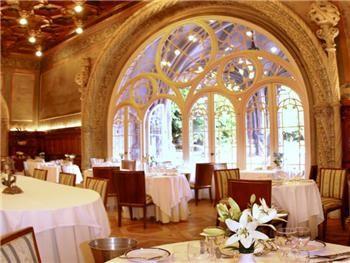 João Vaz Mata do Buçaco, Luso  http://www.rotadabairrada.pt/entidade/restaurante-joao-vaz-palace-hotel-do-bussaco_pt_91