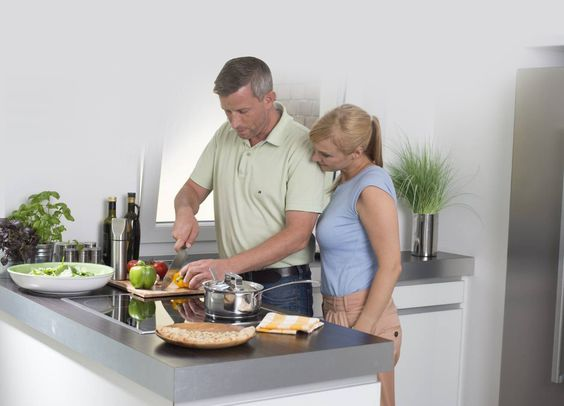 Jeder vierte Mann steht täglich in der Küche