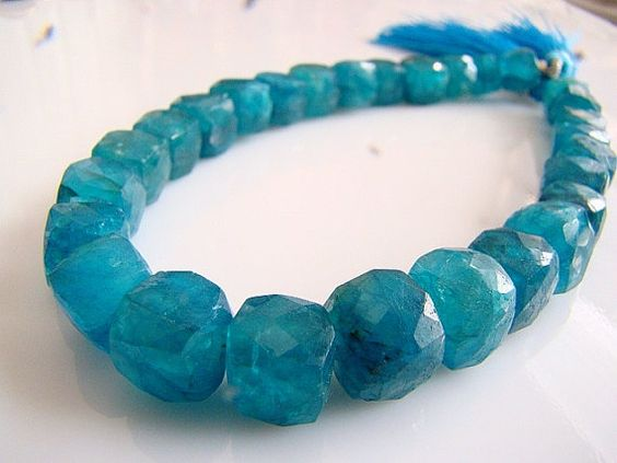 1/2 StrandTeal Blue Apatite Faceted 3D Cubes by norah62 on Etsy, $28.99
