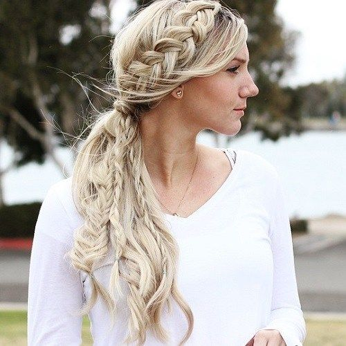 40 Side Ponytails That You Will Love Side Braid Ponytail Side Ponytail Hairstyles Side Ponytails