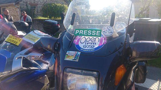 Radioopen FM Ambazac Limousin France. La radio de toutes les cultures, l'Infos au quotidien. Le plus important c'est Une seule Race l'Humanité et les mélange de toutes les Musiques du Monde !