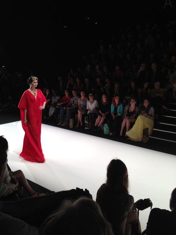 Und ein weiteres rotes Outfit