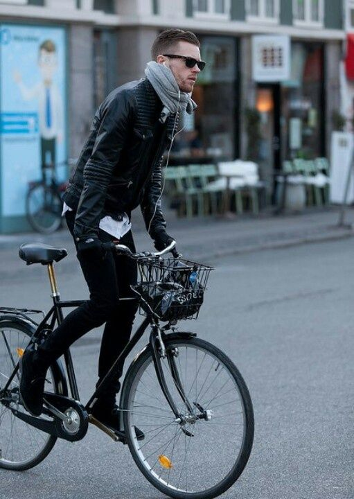 UM RAIO DE SOL NA ÁGUA FRIA By Marta Martins : Men In Style: Leather Jackets