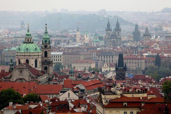 Post novo no blog hoje: O que visitar na cidade de Praga. http://umpeixeforadagua.com/2015/07/13/o-que-visitar-em-praga-parte-1…