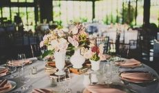 Fall Old Edwards Inn Wedding table setting or tablescape. Beautiful vintage decor. | Planning: @avleventco | Read more: http://ashevilleeventco.com/blog/old-edwards-inn-wedding-taylor-chase-part-2/