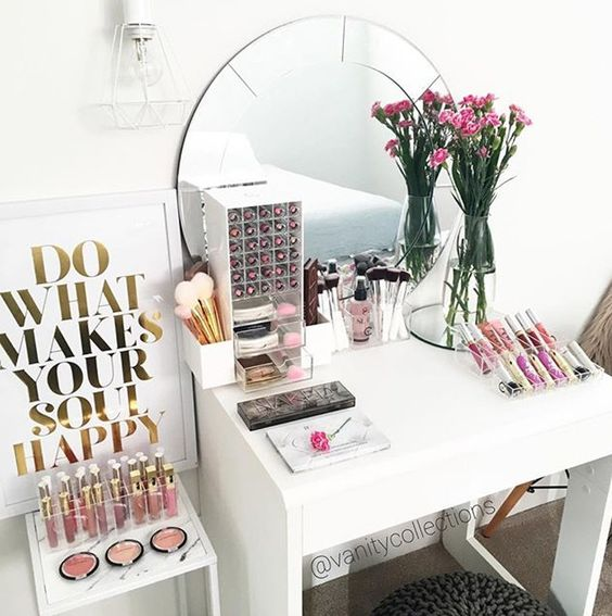 17 gorgeous makeup storage ideas | beauty | vanity organization ideas | vanity desk with storage drawer: