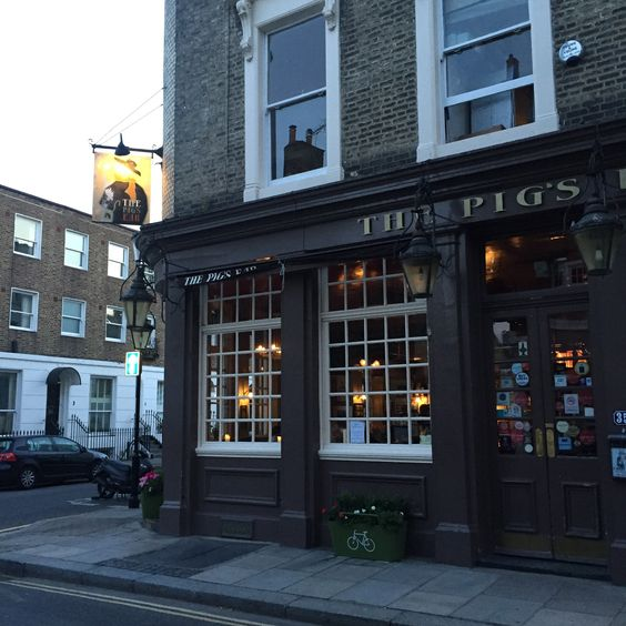 The Pig's Ear in London, Greater London