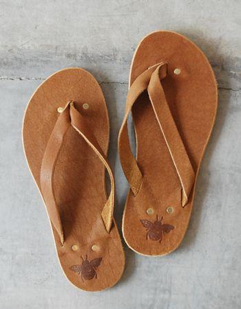 KAE says: love! # Boutique - Miel de Abejas Miel de Abejas Leather Brown Flip Flops