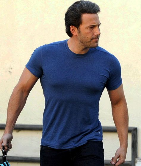 Affleck batman, Ben affleck batman and HIIT on Pinterest