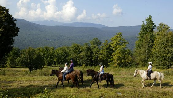 Photo Gallery - Sugarbush Tolt Trek- a horseback riding tour in Vermont with Equitours